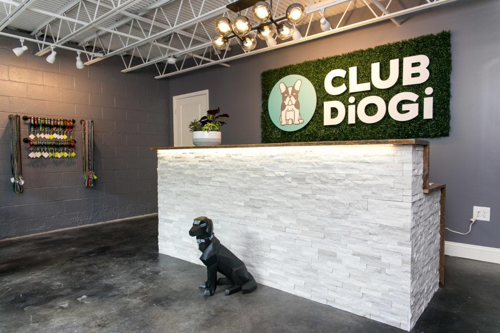 Club DiOGi Lobby